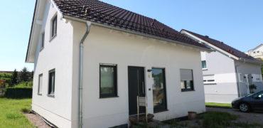 Neuwertiges Einfamilienhaus in Erfurt – Bezug sofort möglich